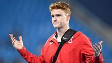 Shawn Barber reacts as he leaves after being eliminated at 5.65 metres in the men's pole vault final during the athletics competition at the 2016 Summer Olympics in Rio de Janeiro, Brazil, Monday, August 15, 2016. (Frank Gunn/The Canadian Press)