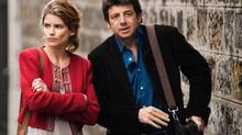 Right from the beginning, we know Alice (Alice Taglioni) and Victor (Patrick Bruel) are destined to be together.