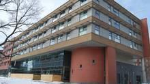 40 Oaks, Regent Park, Toronto. (Hilditch Architect)