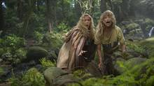 Amy Schumer and Goldie Hawn star in Snatched (Justina Mintz)
