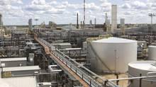 Nexen's Long Lake Phase 1 integrated oil sands facility. (Dave Olecko/Nexen)
