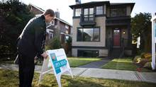 Banks are vying for property buyers by slashing their mortgage rates. (RAFAL GERSZAK FOR THE GLOBE AND MAIL/RAFAL GERSZAK FOR THE GLOBE AND MAIL)