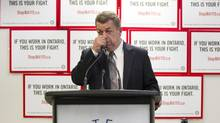 Sam Hammond, president of the Elementary Teachers Federation of Ontario (ETFO), speaks at a news conference in Toronto on Friday December 21, 2012. (CP)