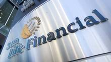 Sun Life Financial Inc. and Manulife Financial Corp. capped the life and health insurers' third-quarter earnings season with results that surpassed expectations and revealed strong investment gains. (FRED THORNHILL/REUTERS)