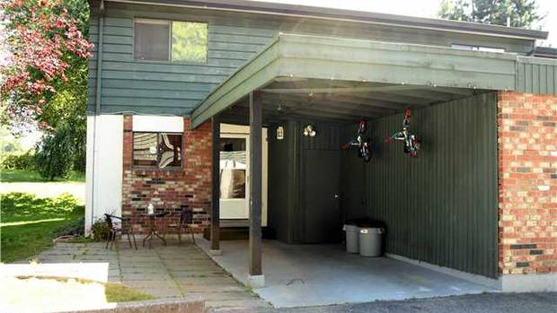 Location: Maple Ridge, B.C. Asking price: $249,900 Square footage: 1,220 Year built: 1975