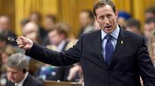 Defence Minister Peter MacKay responds during Question Period in the House of Commons on Thursday, December 10, 2009. (Sean Kilpatrick)