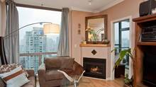 Done Deal, 928 Richards St. No. 1906, Yaletown, Vancouver
