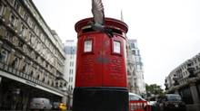 After a major overhaul, the Royal Mail is enjoying at rising profits. (ANDREW WINNING/REUTERS)