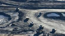 Oil sands mining operations in Fort McMurray, Alta. (Larry MacDougal)