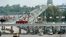 The Canada-U.S. border at Fort Erie, Ont. (Corey Larocque/CP)