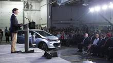 Canadian Prime Minister Justin Trudeau at the GM plant June 10. He said he made the pitch for Canada to General Motors Co. president Mary Barra at the World Economic Forum in Davos, Switzerland, earlier this year. (Chris Young/THE CANADIAN PRESS)