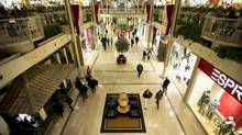 Last minute Christmas shoppers at Sherway Gardens shopping mall in Toronto, Ont. Dec. 21, 2011. (Kevin Van Paassen/The Globe and Mail)