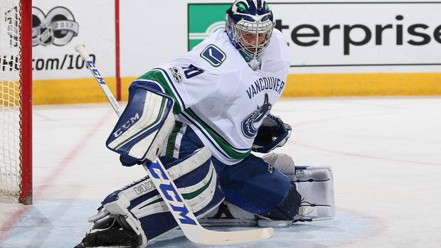 Ryan Miller Leads Unlikely Canucks Playoff Push
