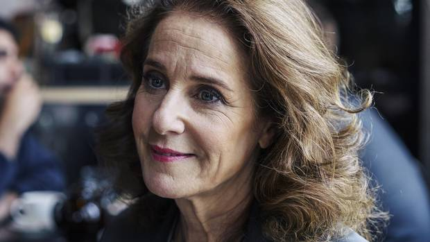 Rebuking the Debra Winger myth - The Globe and Mail