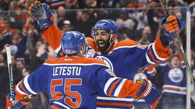 Edm111_hkn_coyotes_oilers_20170116