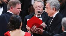 Warren Beatty looks on during the mixup during the presentation for Best Picture. (LUCY NICHOLSON/REUTERS)