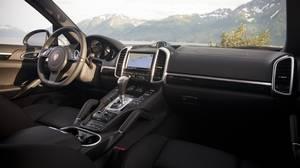 <p>2013 Porsche Cayenne Diesel</p>