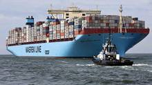 The MV Maersk Mc-Kinney Moller, the world's biggest container ship, arrives at the harbour of Rotterdam. (MICHAEL KOOREN/REUTERS)