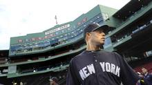 New York Yankees closer Mariano Rivera takes the field before their American League baseball game against the Boston Red Sox at Fenway Park in Boston, Massachusetts September 15, 2013. (Gretchen Ertl/REUTERS)