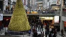 Holiday shoppers at Toronto's Eaton Centre. (Fernando Morales/The Globe and Mail)