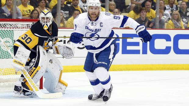 Who has the best chance at winning the Steven Stamkos sweepstakes?