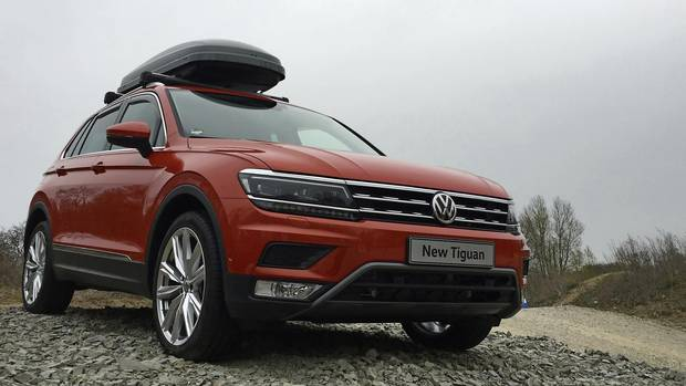 review 2018 vw tiguan is bigger tougher and more capable the globe and mail. Black Bedroom Furniture Sets. Home Design Ideas