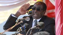 Zimbabwe's President Robert Mugabe addresses supporters in Harare, July, 20 2011. (PHILIMON BULAWAYO/REUTERS/PHILIMON BULAWAYO/REUTERS)