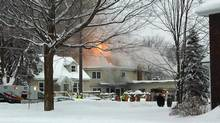 An early morning fire forces the evacuation of residents of the Muskoka Heights Retirement Residence in Orillia, Ont., on Jan. 19, 2009. (STEPHEN SCHATTIN/THE CANADIAN PRESS)