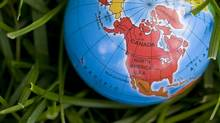 Macro Globe, North America (Christie Gardner/Getty Images/iStockphoto)