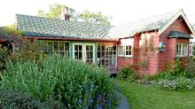 Trade a stay in your home to hang out in this Victoria, B.C. cottage. (Joseph Blake/Joseph Blake)
