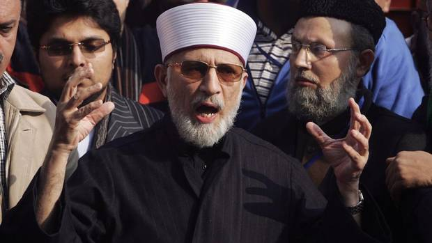 Muhammad Tahirul Qadri, leader of Mihaj-ul-Quran movement speaks before a protest march from Lahore to Islamabad January 13, 2013.