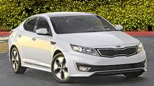 2012 Kia Optima Hybrid won AJAC award for best new Family Car over $30,000. (Kia)