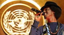Somali-Canadian rapper K'naan performs at the United Nations' General Assembly on March 17, 2009. (Michael Nagle/Getty Images)