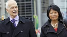 NDP Leader Jack Layton and his wife, Toronto MP Olivia Chow, walk to Parliament Hill on May 18, 2011. (BLAIR GABLE/REUTERS)