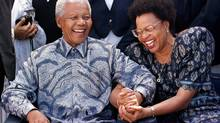 Nelson Mandela and Graca Machel in 1998. (Mike Hutchings/Reuters)