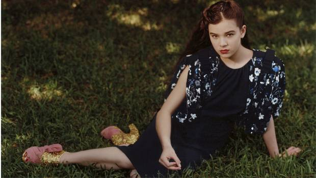 What do teen fashion models say about femininity today ...