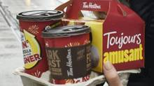 Franchisees say Tim Hortons' parent company's aggressive cost cutting is hurting quality and harming the brand. (Fred Lum/The Globe and Mail)