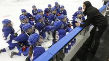 Nineteen of the best female players from across Quebec wore the bright blue uniforms of Les Étoiles – a select team put together by four-time Olympic gold medalist Caroline Ouellette, right. (Francis Vachon/Francis Vachon)