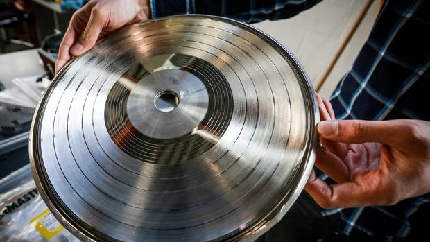Vinyl Revival Canadian Company Reinvents The Record