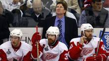 Mike Babcock and the Wings watched the clock click down towards a loss. (SHAUN BEST/Shaun Best/Reuters)