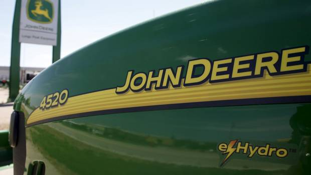 Deere profit falls, hit by weak global agriculture sector