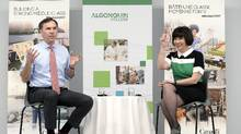 Minister of Finance Bill Morneau and Parliamentary Secretary to the Minister of Finance Ginette Petitpas Taylor speak to students at Algonquin College to discuss skills and innovation measures in Budget 2017. (Justin Tang/THE CANADIAN PRESS)