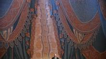 Russian President Vladimir Putin delivers a speech during the Grand Gala Concert at Mariinsky Theatre in St. Petersburg, May 2, 2013. (POOL/REUTERS)