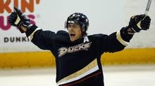 Anaheim Ducks right wing Teemu Selanne (8) celebrates his third period goal against the Detroit Red Wings during Game 1 of their NHL Western Conference quarter finals hockey playoff in Anaheim, California April 30, 2013. (MIKE BLAKE/REUTERS)