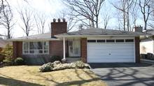 Done Deal, 69 Farningham Cres., Toronto