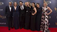 The cast of Schitt's Creek pose for photos at the 2016 Canadian Screen Awards in Toronto on March 13, 2016. (Chris Young/THE CANADIAN PRESS)