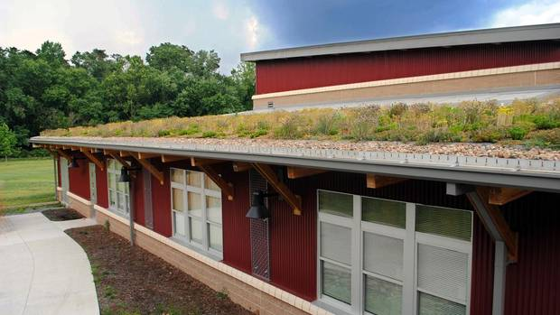 It S Growing On Us More Green Roofs The Globe And Mail