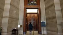 A tour guide enter the court room of the Supreme Court of Canada May 22, 2014 in Ottawa. (Dave Chan/Dave Chan)