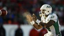 Saskatchewan Roughriders quarterback Darian Durant is a South Carolinian who loves to play in the cold weather. (JEFF MCINTOSH/THE CANADIAN PRESS)