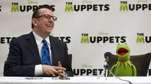 Movie critic Richard Crouse, left, interviews Kermit the Frog during a press conference to promote the new movie The Muppets, Toronto, Oct. 25, 2011. (Kevin Van Paassen/Kevin Van Paassen / The Globe and Mail)